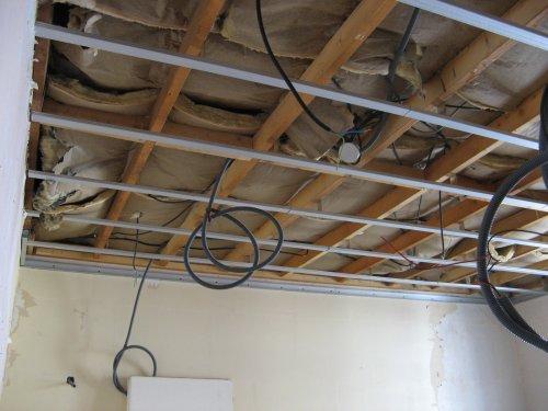 Ma maison mes travaux les plafonds for Plafond suspendu ba13